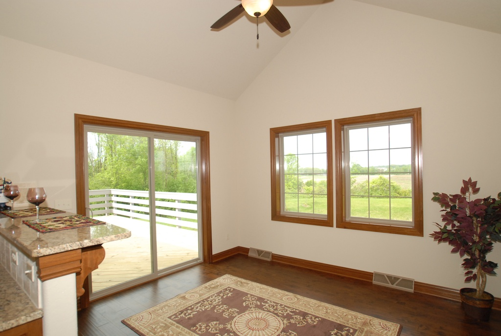 Dinette Leading to Porch