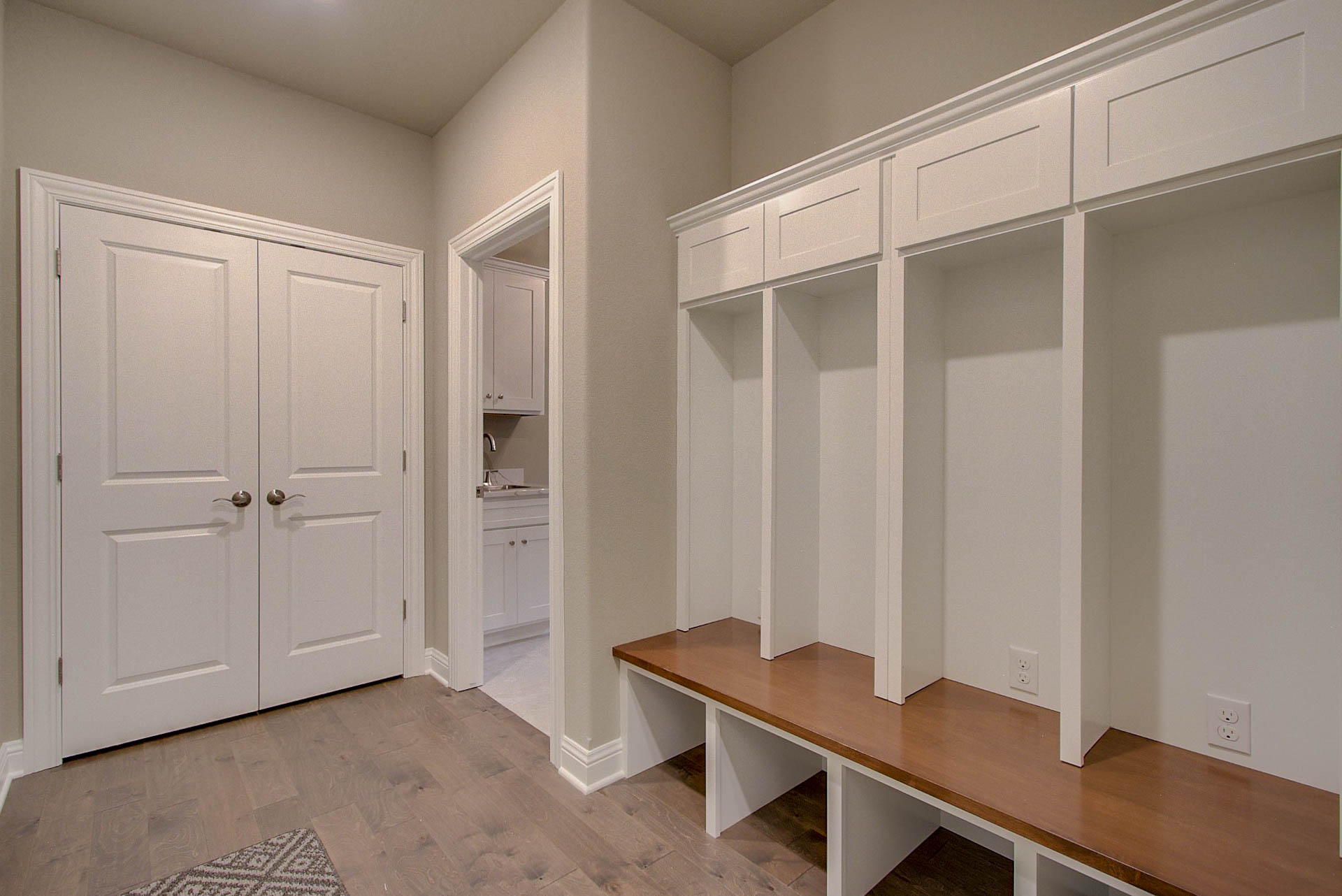 Mud Room/Boot Bench